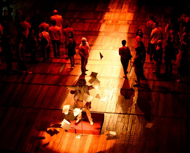 Projeto Teatrando! oferece visita-jogo e sarau gratuitos, nesta terça-feira (14), no Teatro de Santa Isabel