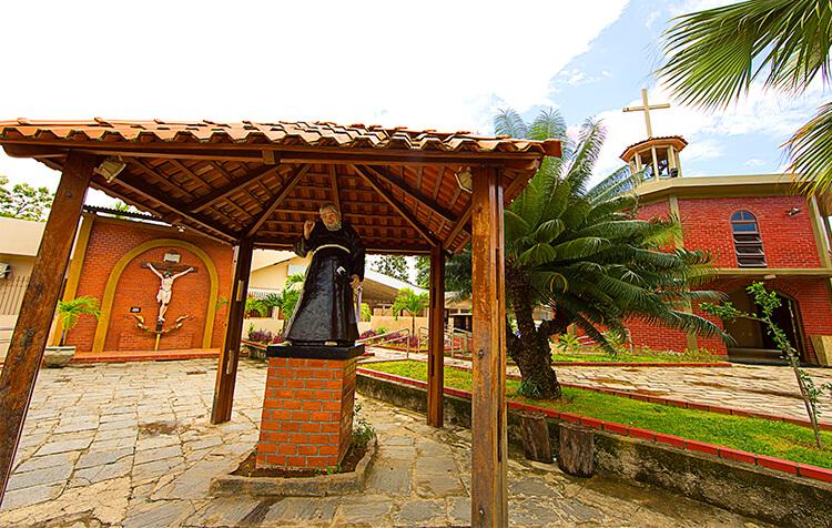Convento de São Félix de Cantalice | Santuário Frei Damião