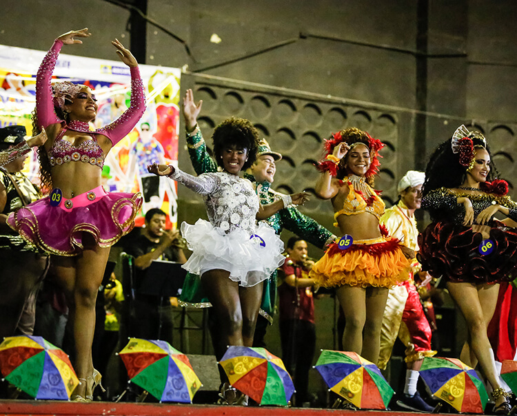 Fim de semana de prévias carnavalescas, artes visuais, trilhas e oficinas no Recife